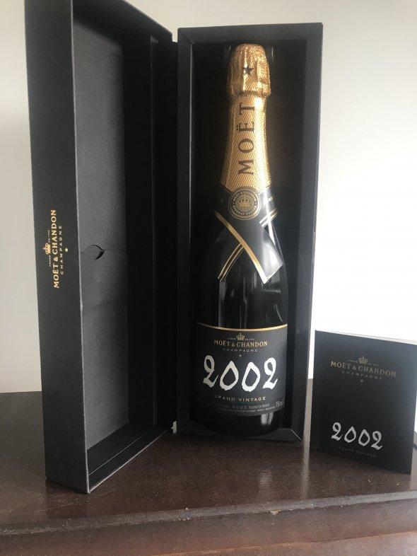 Moet & Chandon, Champagne, France, AOC