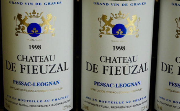 3 Bt. Chateau de Fieuzal Blanc, Pessac-Leognan (CT 91)