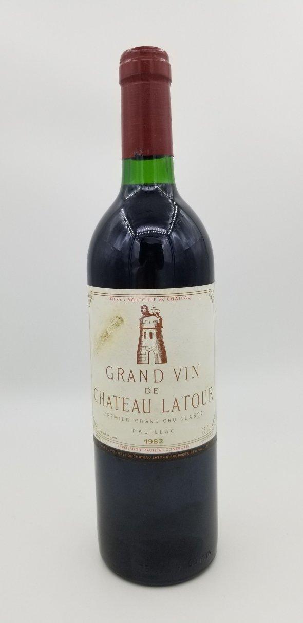Grapillons Chateau Latour, Bordeaux, Pauillac, France, AOC