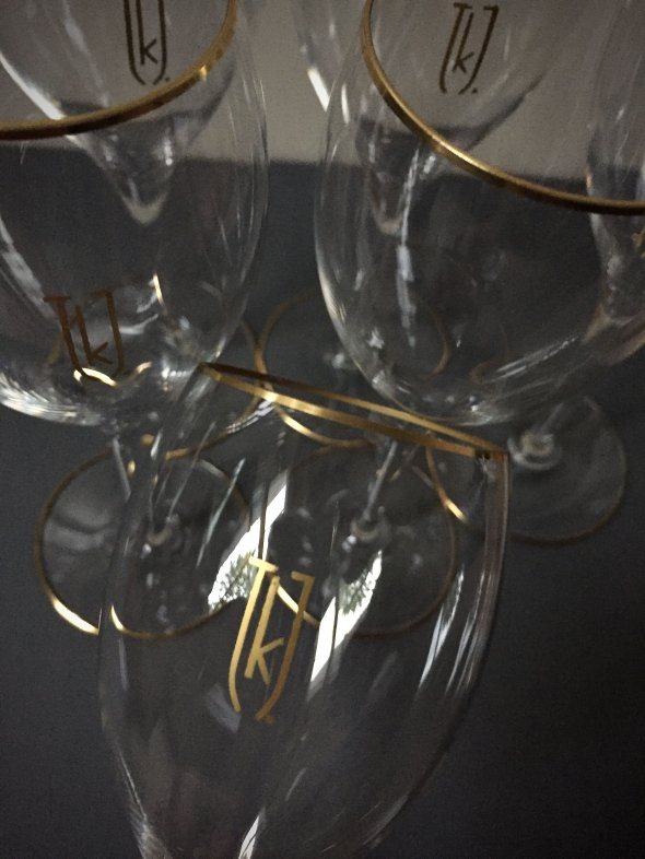 6 bespoke Baccarat crystal & 24k gold Champagne/white wine glasses - Handmade in France