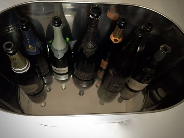 Silverplated 12 bottle Bollinger/Napoleon Champagne/Wine cooler