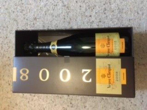 Veuve Clicquot, Gold Label, Champagne, France, AOC