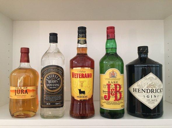 Mixed Spirits: Whiskey, Brandy, Gin & Irish Poteen