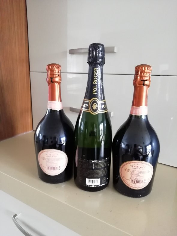 Champagne mixed lot