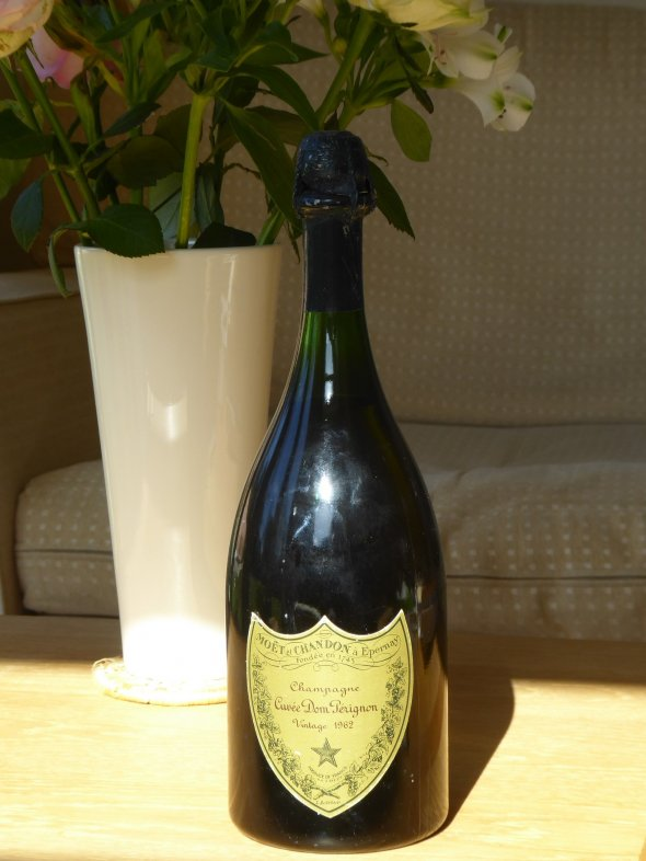 Moet & Chandon Champagne Cuvee Dom Perignon