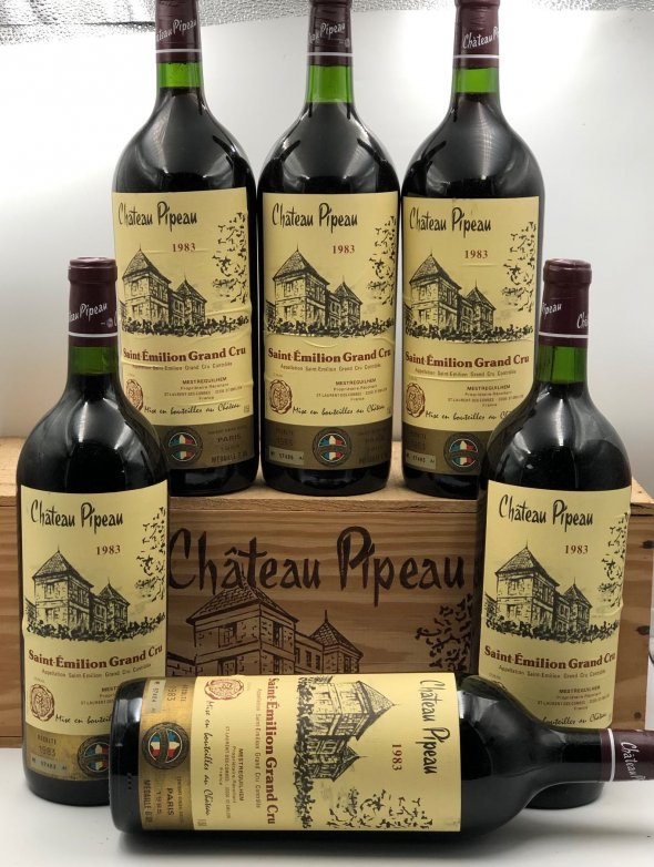 Chateau Pipeau Grand Cru Saint Emilion MAGNUM - Gold Medal Winner
