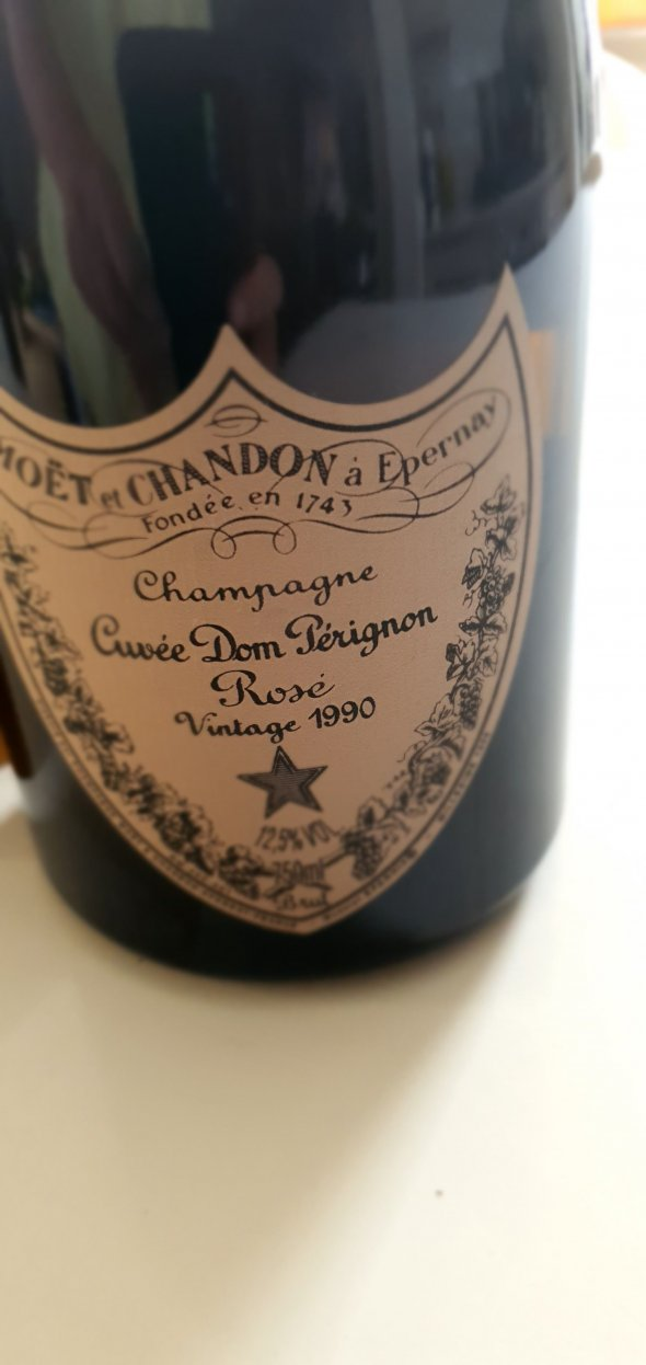 Moet & Chandon, Dom Perignon Rose 1990