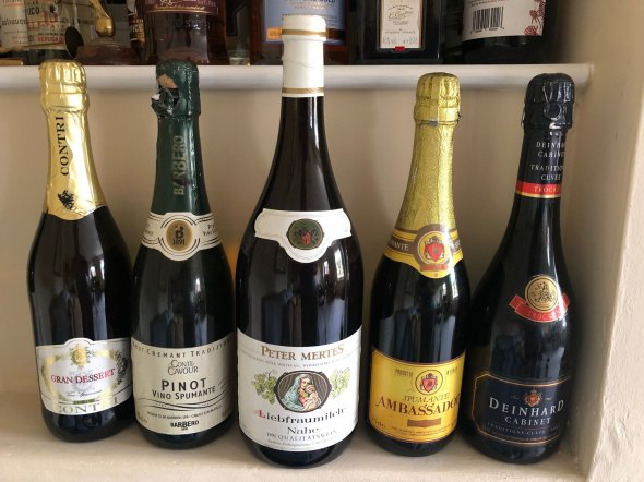 Vintage Mixed Lot Sparkling and White wine