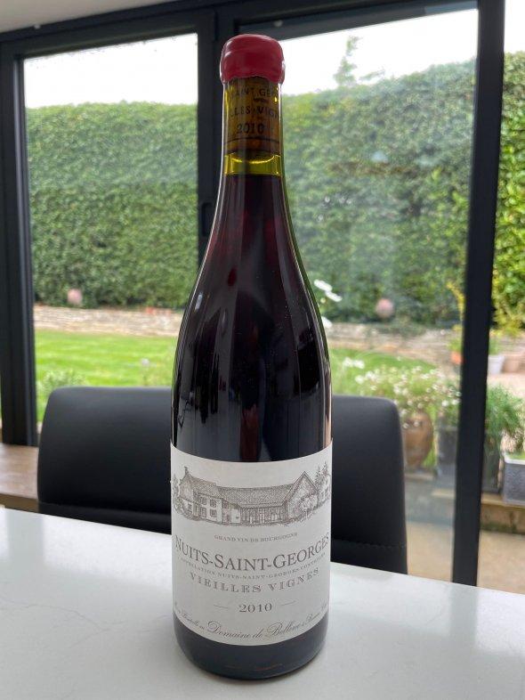 Nuits Saint Georges Vielles Vignes Domaine de Bellene a Beaune