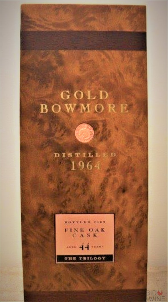 Gold Bowmore Fine Oak Cask 44 Years Old